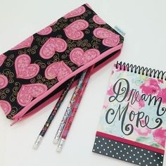 Stay organized with stylish zipper pouches handmade by Zookaboo. -michele