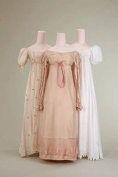 Dress (left), 1810 Dress (center), 1815 Dress (right), 1805/1810 Münchner Stadtmuseum