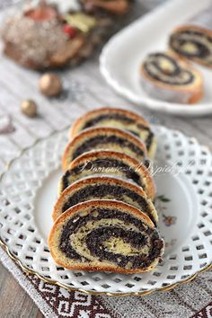 Makowiec zawijany Polish Desserts, Muffin, Food And Drink, Baking, Cappuccinos, Breakfast, Cake, Food Cakes, Morning Coffee