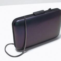 Image 5 of METALLIC BOX CLUTCH from Zara
