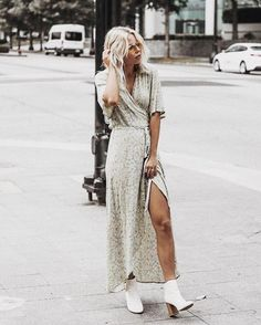 Style Notes: Pair white ankle boots with a floral print frock for a street-inspired look. Ankle Boots Outfit Summer, Ankle Boots Dress, White Ankle Boots, Dress With Boots, Floral Ankle Boots, Ankle Booties, Spring Summer Fashion, Spring Outfits, Fashion Looks