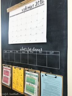 15 Family Command Center Ideas To Help You Organize Like A Pro. A family command center is a perfect way to organize a busy family! Family Organization Wall, Backpack Organization, Calendar Organization, Family Organizer, Home Office Organization, Organizing Your Home, Organization Ideas, Storage Ideas, Bathroom Organization