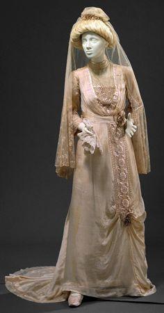 1912 Wedding dress, Portugal.