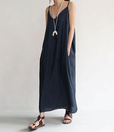 Wouldn't mind wearing this breezy number for Summer!