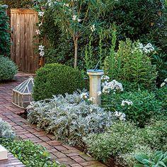 Plant a Smart Border - Small Space Garden, Big Impact - Southern Living   BORDER TIPS
