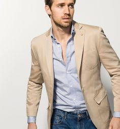The Best Luxury Brands, Clothing, Accessories , You Can Buy Online Right Now Tan Blazer Outfits, Casual Outfits, Casual Suit, Men Casual, Ripped Jeans Men, Outfit Grid, Mens Style Guide, Sports Jacket, Mens Suits