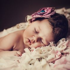 Milenka - 50 Examples of Cute Baby Photography  <3 <3