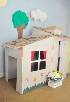 Cardboard kids' house inspiration