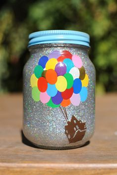 Disney Up glitter Mason jar Disney Diy, Disney Pixar Up, Disney Crafts, Disney Travel, Pint Mason Jars, Glitter Mason Jars, Mason Jar Crafts, Disney Centerpieces, Wedding Centerpieces