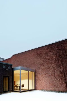 RDVA : Rik de Vooght Architecten, Milena Villalba · Fintrobank