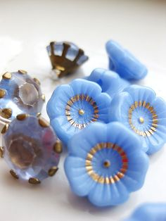 vintage glass buttons,