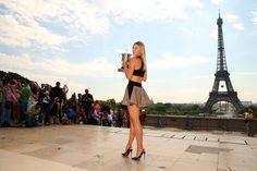 Maria Sharapova conquista Roland Garros (e os nossos corações)