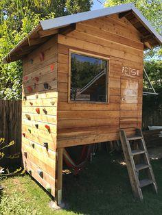 Outdoor Baby, Outdoor Ideas, Treehouse Ideas, Trap Door, Build A Playhouse, Small Loft, Climbing Wall, Rear Window, Pulley