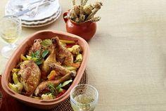 Unser beliebtes Rezept für Hähnchen auf Herbstgemüse aus dem Römertopf und mehr als 55.000 weitere kostenlose Rezepte auf LECKER.de.