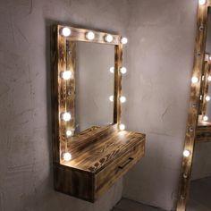 Гримерное (макияжное) зеркало с подсветкой (лампочки),подходит для профессиональных визажистов, шоурума или домашнего использования. . В…