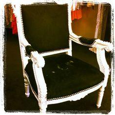 Kourtney Kardashian Instagram Dash Calabasas Chair