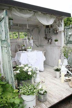she-shed, studio, summerhouse