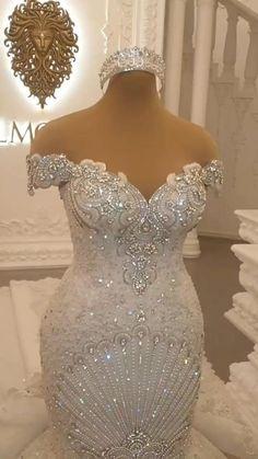 Fancy Wedding Dresses, Gold Wedding Gowns, Beautiful Bridal Dresses, African Wedding Dress, Wedding Dress Accessories, Princess Wedding Dresses, Wedding Attire, Sparkle Wedding, Bridal Gowns