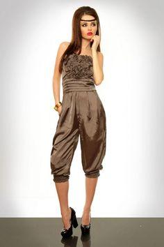 Salopeta dama eleganta maro - 179 Lei -  Fabricat in Europa -   95% Raion ,  5% Spandex  -   Comanda acum!  #divashopromania #divashop #hainefemei #salopete  #fashion #fashionista #fashionable #fashionaddict #styleoftheday #styleblogger #stylish #style #instafashion #lifestyle #loveit #summer #americanstyle #ootd #ootdmagazine #outfit #trendy #trends #womensfashion #streetstyle #streetwear #streetfashion #shopping #outfitoftheday #outfitinspiration #ootdshare #trendalert Strapless Party Dress, Brown Suits, Evening Dresses, Formal Dresses, Mermaid Gown, Elegant Woman, Suits For Women, Homecoming Dresses, Jumpsuit