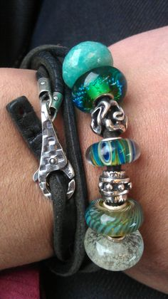 Found this cool bracelet on Mike's Trollbead Adventure blog. Awesome Chess lock! #trollbeads #trollbeads4men