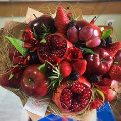 Non Flower Bouquets, Edible Bouquets, Food Decoration, Flower Decorations, Vegetable Bouquet, Feasts Of The Lord, Food Bouquet, Best Fruits, Fruit In Season