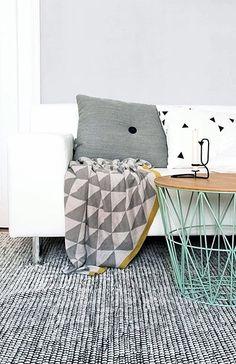 Via Emma-b.nl | Choice of Passion | Ferm Living | HAY Dot Cushion