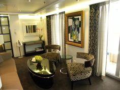 Oceania Suite Salon