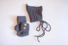 Baby Ribbed Pixie Hat and Baby Ankle by Vanillaknitsandbits