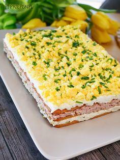 Sałatka Warstwowa na Krakersach Krispie Treats, Rice Krispies, Vanilla Cake, Recipies, Cheesecake, Bread, Desserts, Food, Salads