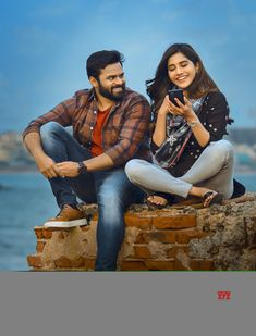 Cute Couple Poses, Couple Picture Poses, Couple Photoshoot Poses, Saree Photoshoot, Photo Poses For Couples, Wedding Couple Poses Photography, Cute Photography, Wedding Poses, Movie Pic