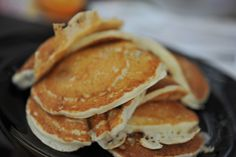 Pancakes, Breakfast, Berries, Kochen, Food Food, Woman, Breakfast Cafe, Pancake, Crepes
