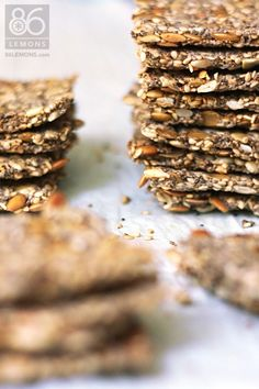 Vegan/GF Endurance Crackers - with chia seeds, sesame seeds, pepita seeds, garlic and lots more yummy goodness. Healthy Snack Options, Vegan Snacks, Healthy Snacks, Healthy Eats, Healthy Sides, Eating Healthy, Vegan Food, Healthy Living, Low Carb Crackers