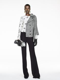 Banana Republic Fall 2016 Ready-to-Wear Fashion Show - coat/jacket - and silver bag