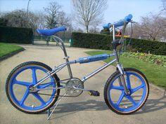 Nouveau post : Vert, vintage, sur deux roues...mais sans moteur !! BMX / Le Guide Vert