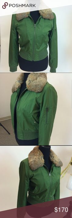 Vince bomber jacket Beautiful bomber jacket in forrest green. The material is very soft feels almost silky. Comes with detachable real fur collar. In excellent condition worn only a few times. Vince Jackets & Coats