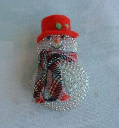 Lighted Santa Claus Pin with Hat Scarf Vintage Holiday Jewelry