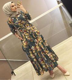 Image may contain: 1 person, standing and indoor Hijab Fashion Summer, Modern Hijab Fashion, Muslim Fashion, Fashion Wear, Modest Fashion, Fashion Dresses, Modest Outfits, Dress Outfits, Modest Clothing