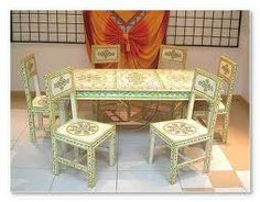 Piggeries Furniture offers you unique and rare furniture items of Pine in Buckinghamshire.