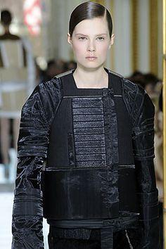 Balenciaga Fall 2010 Ready-to-Wear Collection