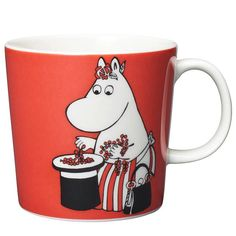 Moomin Mugs from Arabia – A Complete Overview Moomin Mugs, Tove Jansson, Berries, Snoopy, Tableware, Finland, Dishes, Board, Dinnerware