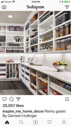 Kitchen Pantry Design, Diy Kitchen Storage, New Kitchen, Kitchen Decor, Kitchen Sink, Kitchen Cabinets, 1960s Kitchen, Kitchen Ideas, Kitchen Butlers Pantry