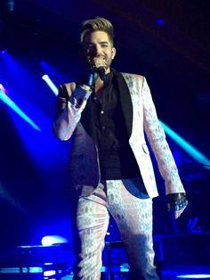 03/26/16 Adam Lambert Mt Pleasant, MI TOH Tour