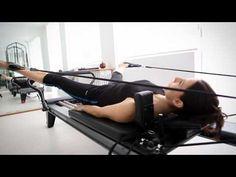 Reformer Pilates by FocusStudio Istanbul - Pilates Workout Pilates Workout, Pilates Body, Pilates Reformer Exercises, Le Pilates, Pilates Studio, Cardio, Beginner Pilates, Barre Workouts, Core Exercises