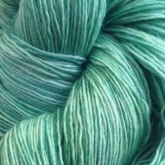 Manos Marina -  Blend: 100% Merino Length: 800m/874yds per 100g skein Needle size: 2.75mm (UK 12, US 2) Popular: Superwash Yarn tension: 32 sts x 32 row per 10cm Weight: 2 Ply / Lace