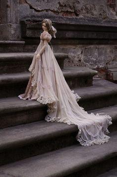 http://www.deviantart.com/art/Edwardian-Young-Lady-552472161