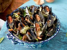 Muscheln in Weißweinsud Rezept Japchae, Potato Salad, Bbq, Stuffed Mushrooms, Healthy Recipes, Snacks, Meat, Dinner, Vegetables