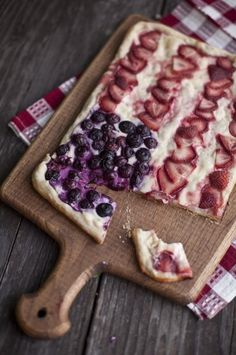Fourth of July Grilled Fruit Pizza