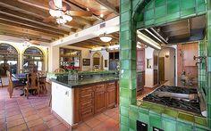 Michael Jackson's Former Las Vegas Mansion Up for Sale.  #mansion #villa #property #realestate #michaeljackson #luxury #luxurytoday