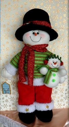 1 million+ Stunning Free Images to Use Anywhere Christmas Elf Doll, Felt Christmas Ornaments, Etsy Christmas, Christmas Sewing, Country Christmas, Christmas Art, Christmas Stockings, Snowman Crafts, Felt Crafts