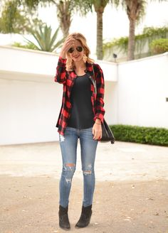 O toque especial que todo xadrez dá ao figurino. Looks Style, Casual Looks, My Style, Fall Outfits, Casual Outfits, Cute Outfits, Fashion Mode, Fashion Outfits, Black Women Fashion